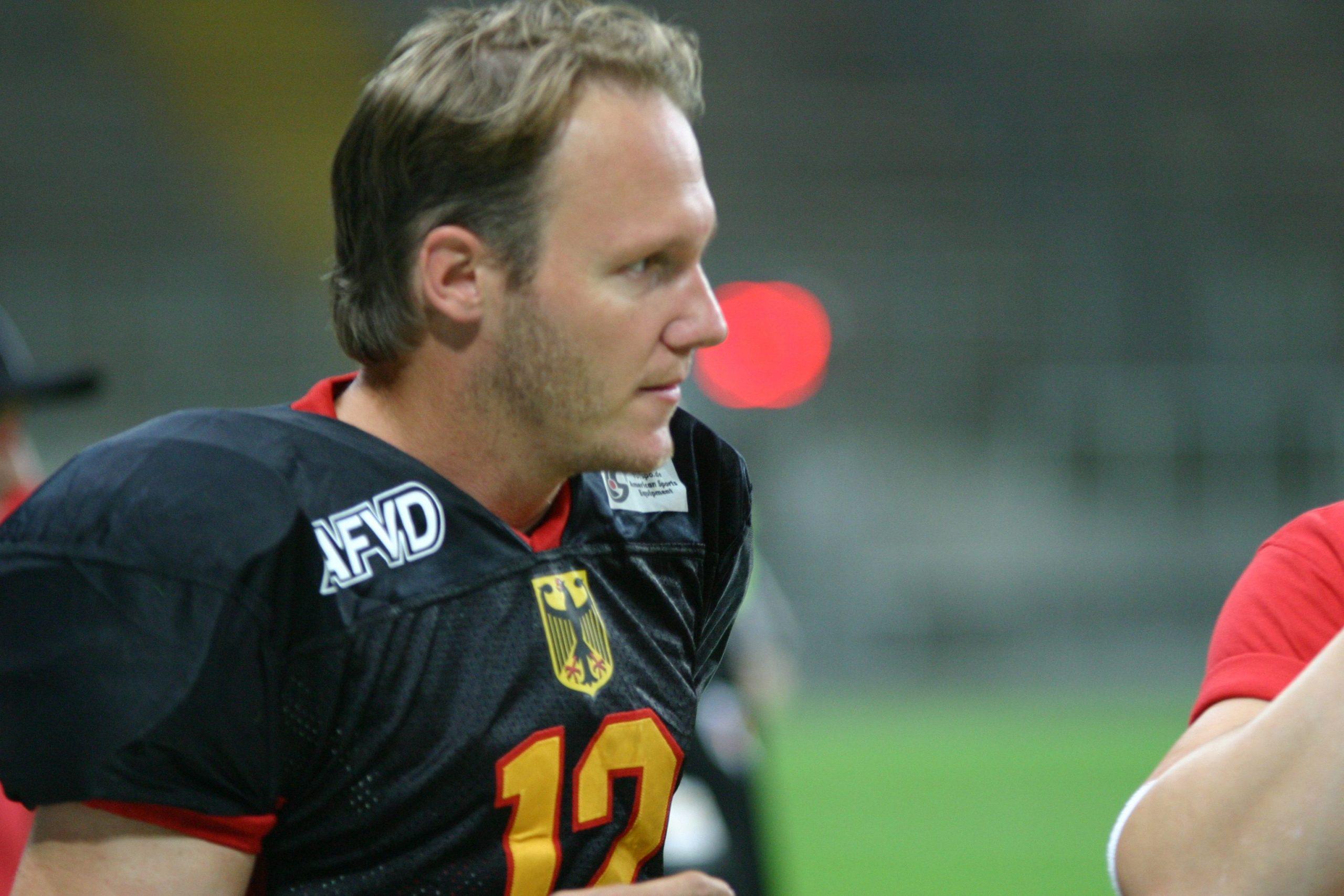 Jo Ullrich (Andreas Gebek)